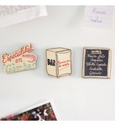 Traditional Spanish Bar Wooden Magnet Set